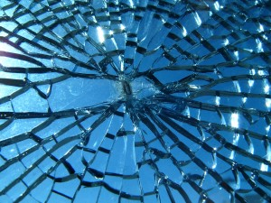 blog - fragile - Broken_glass