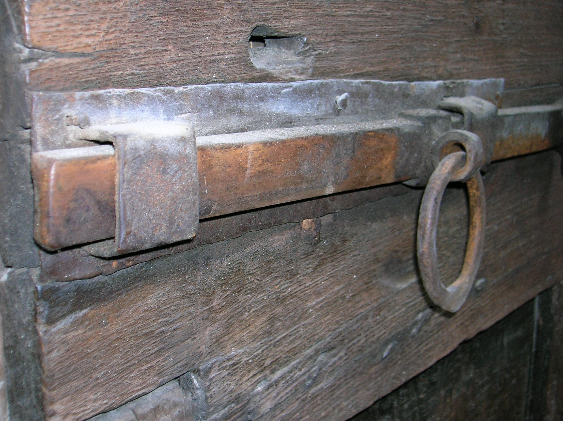 Bolt Door Meaning  Picturescstlock N Bolt Locksmith - What does shut the front door mean