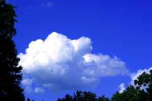 blog - colors - Clouds_Blue_Sky_001