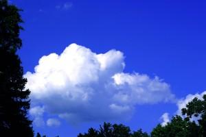 blog - colors - Clouds_Blue_Sky_001