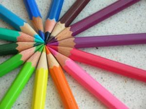 blog - colors - Colored_pencils_chevre
