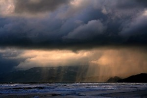 blog - weather - Rain_on_ocean_beach