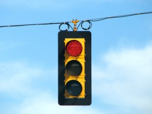 blog - comm - traffic_light_on_red